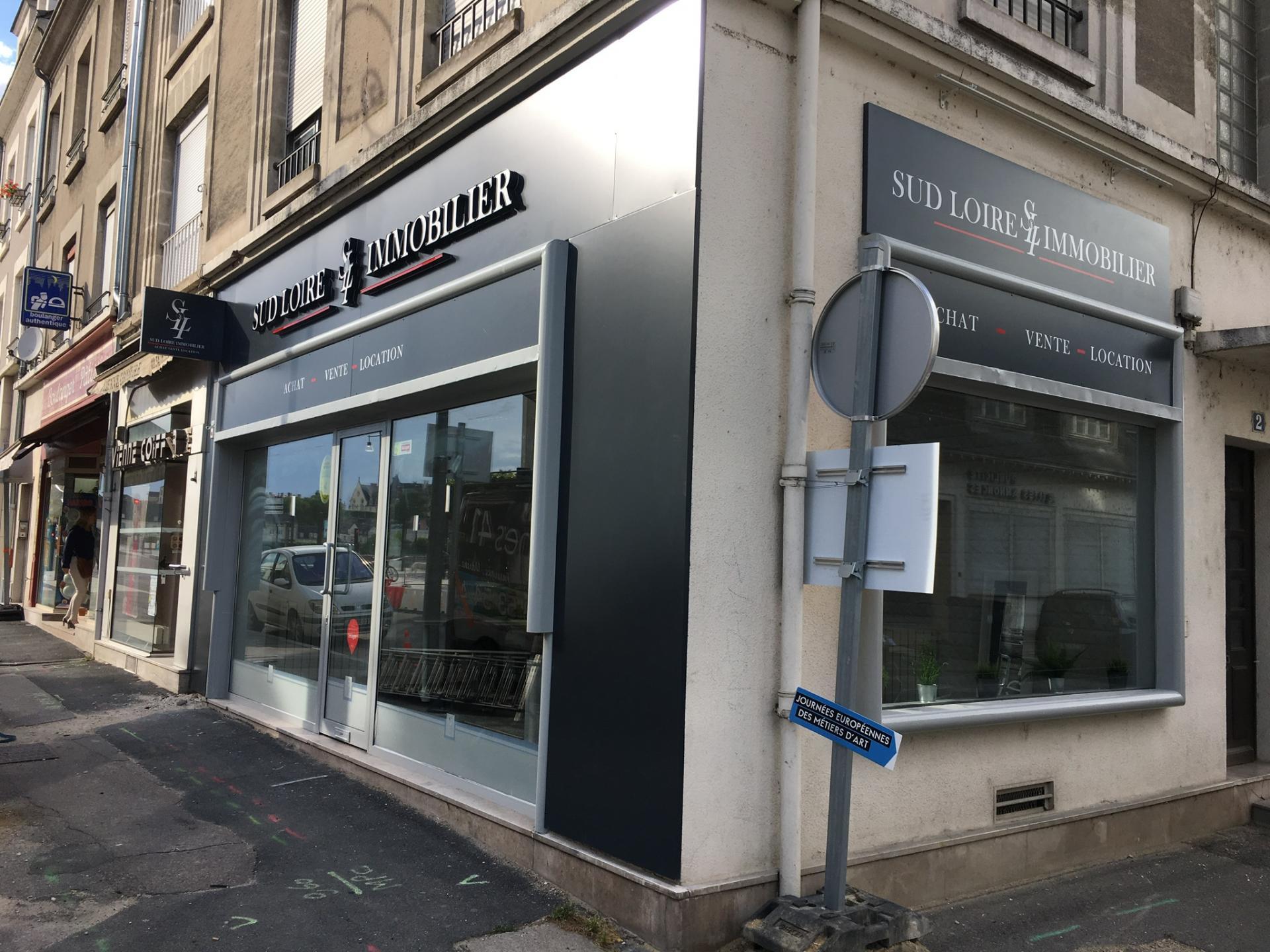 Blois  Vienne  lettres en relief lumineuses